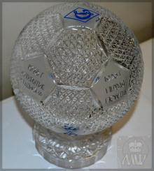 гравировка на мяче в подарок